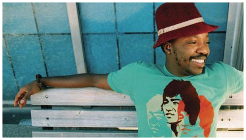 Anthony Hamilton (Bench Pic)