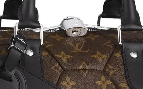 Louis Vuitton Hexagone Keepall Pic 4